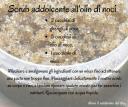 Scrub addolcente e nutriente all'olio di noci